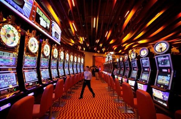 ความต่างชัดเจนของการเล่น เกมสล็อต ออนไลน์ | Slot Online